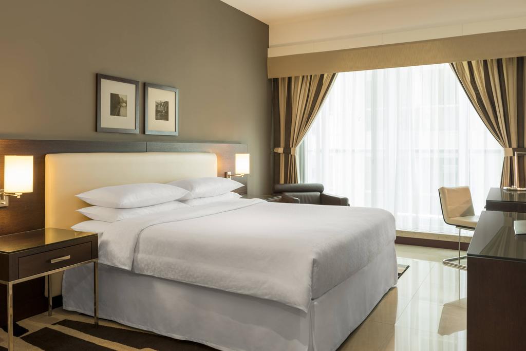 Four Points By Sheraton Sheikh Zayed Road 6