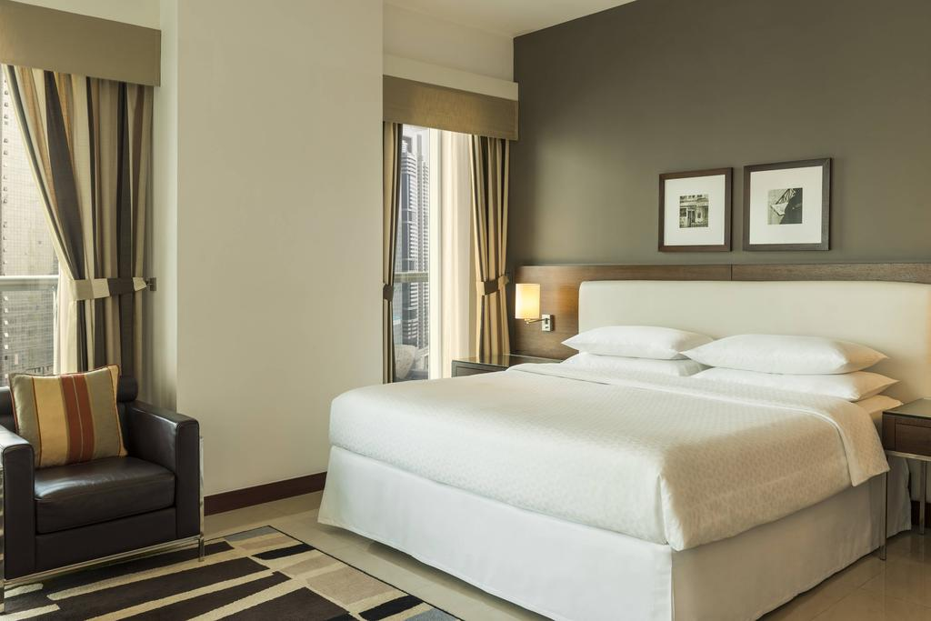 Four Points By Sheraton Sheikh Zayed Road 8