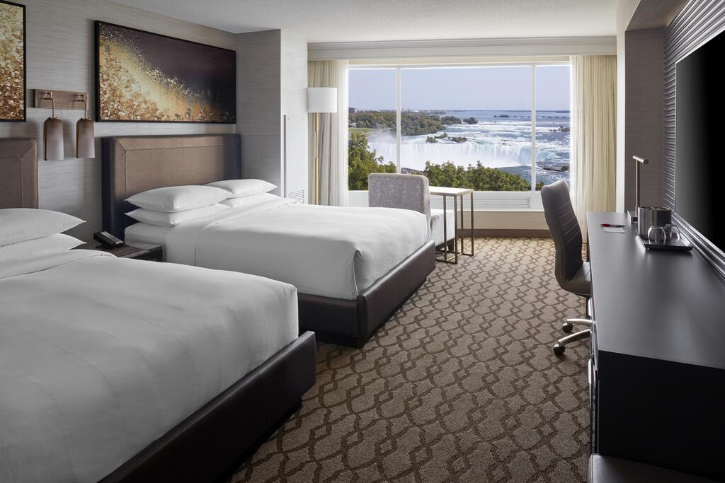 Marriot Niagara Falls Fallsview Hotel & Spa 13