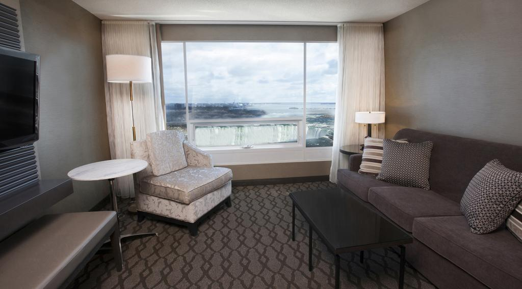 Marriot Niagara Falls Fallsview Hotel & Spa 9