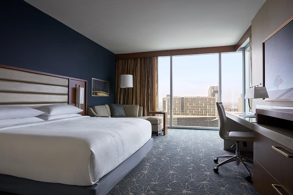 Marriott Marquis Houston 6