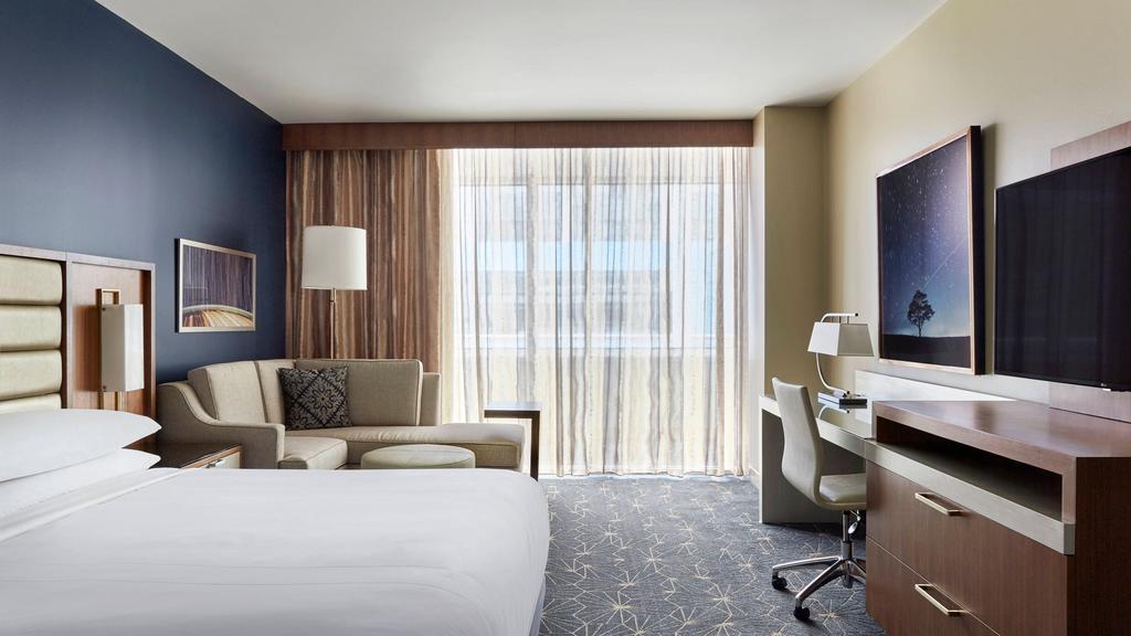 Marriott Marquis Houston 8