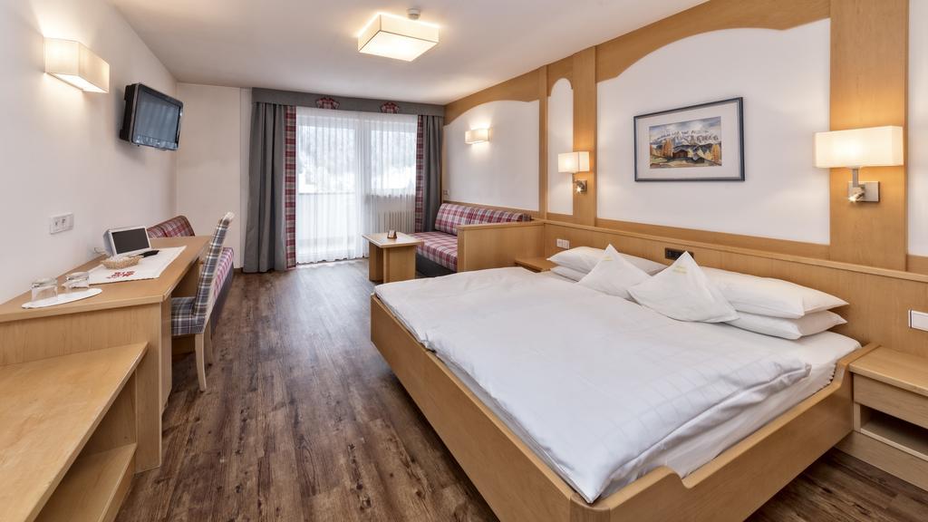 Hotel Interski, Santa Cristina Val Gardena 6