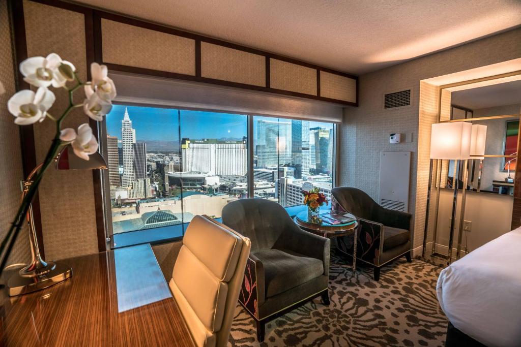 MGM Grand Hotel & Casino 4