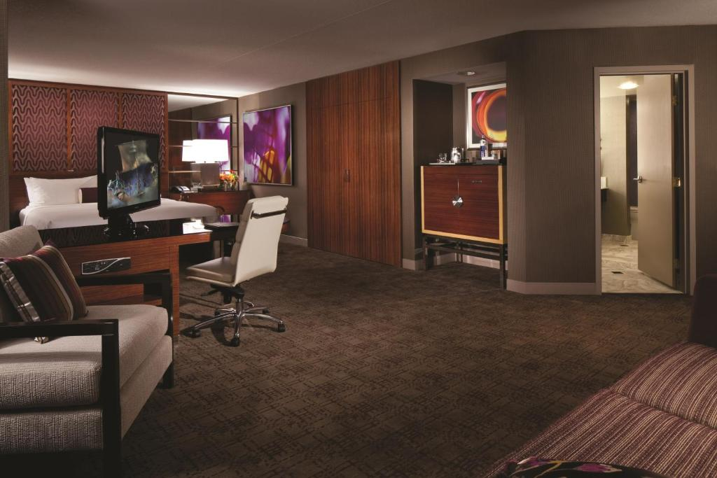 MGM Grand Hotel & Casino 9