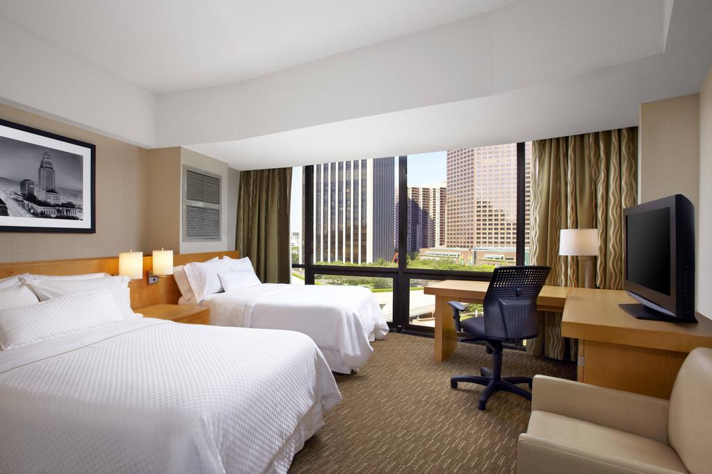The Westin Bonaventure Hotel & Suites, Los Angeles 11
