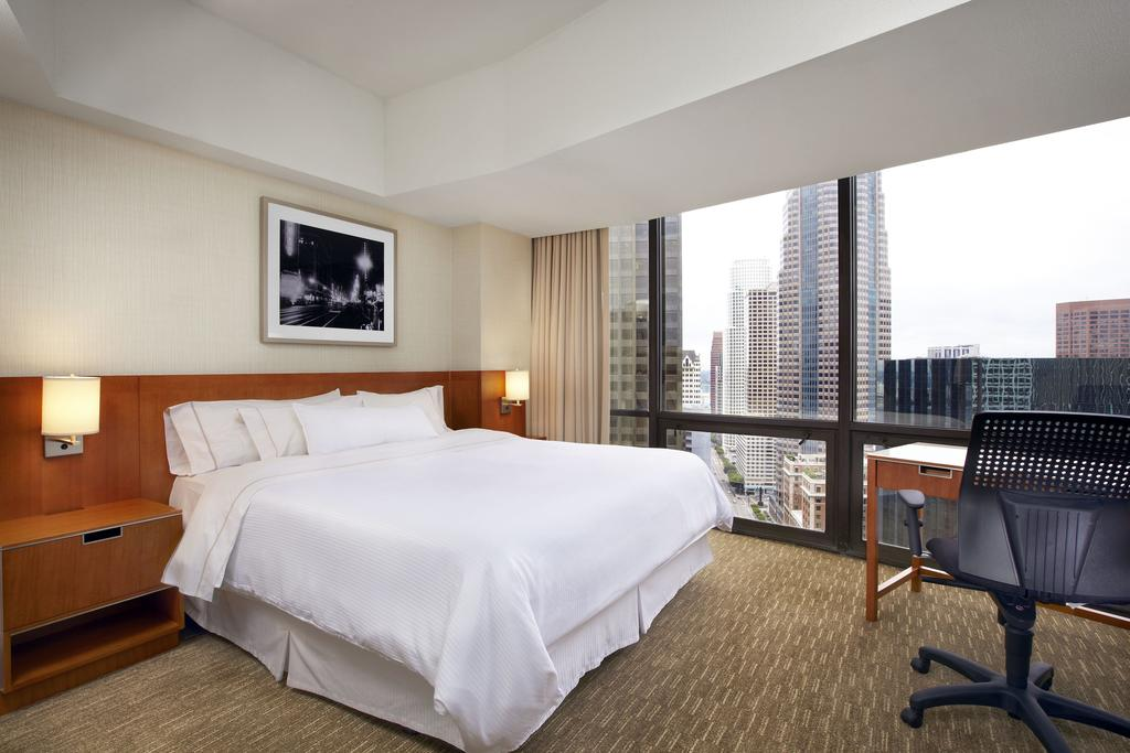 The Westin Bonaventure Hotel & Suites, Los Angeles 12