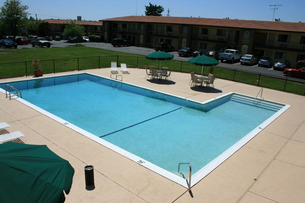 Best Western Roseville Inn 4