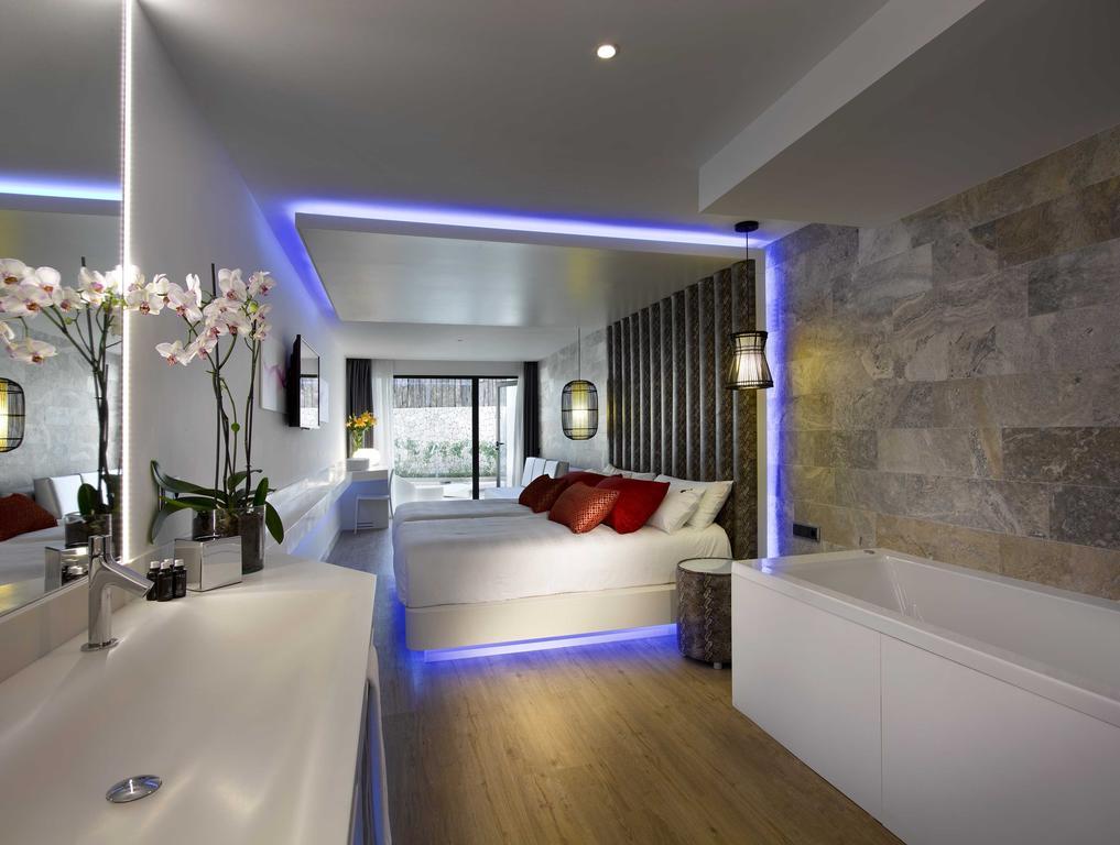 Hard Rock Hotel Ibiza 5