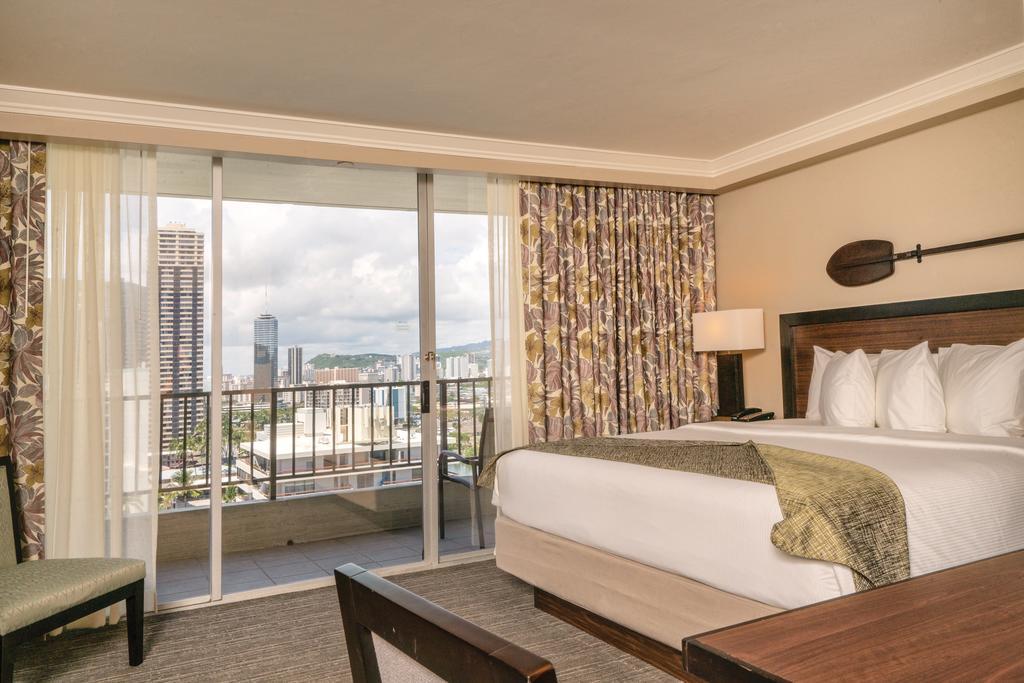 Wyndham Vacation Resorts Royal Garden at Waikiki 5