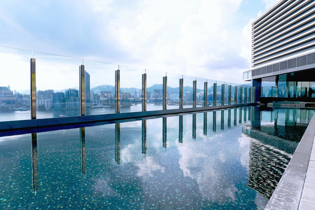 Hotel VIC on the Harbour, Hong Kong 6