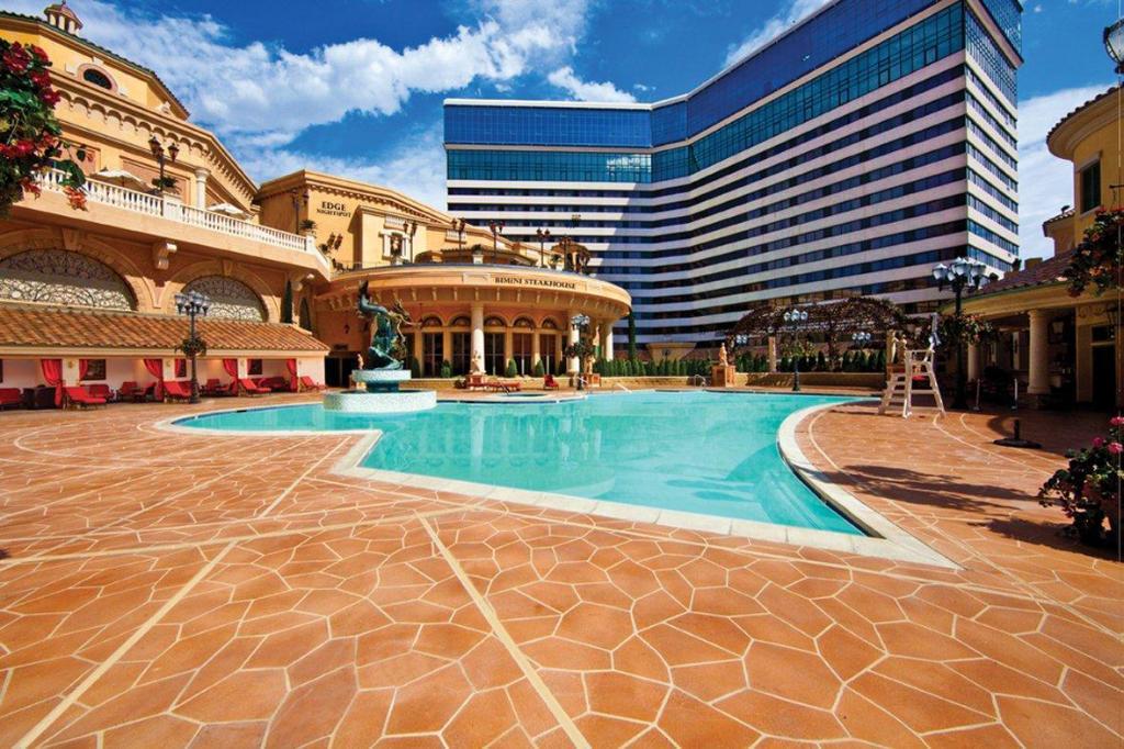 Peppermill Resort Spa Casino 3
