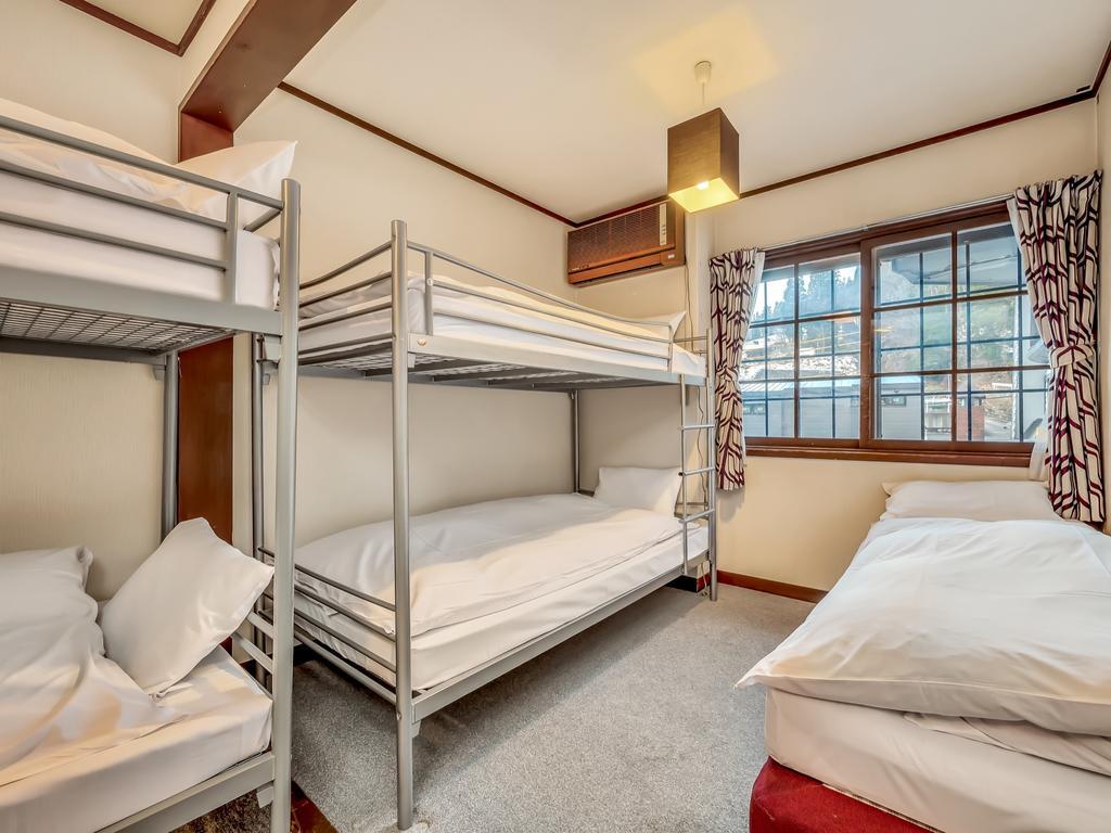 Hakuba Gondola Hotel 5