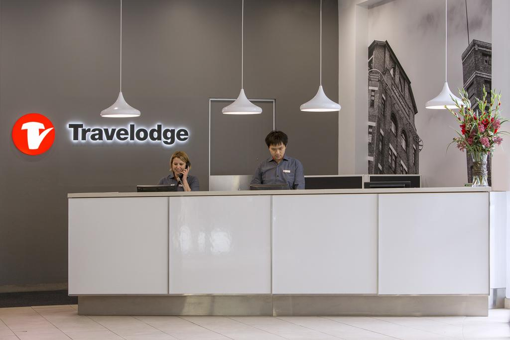 Travelodge Hotel Sydney 3