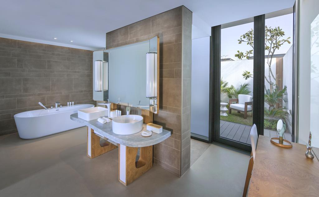 Nikki Beach Resort & Spa Dubai 7