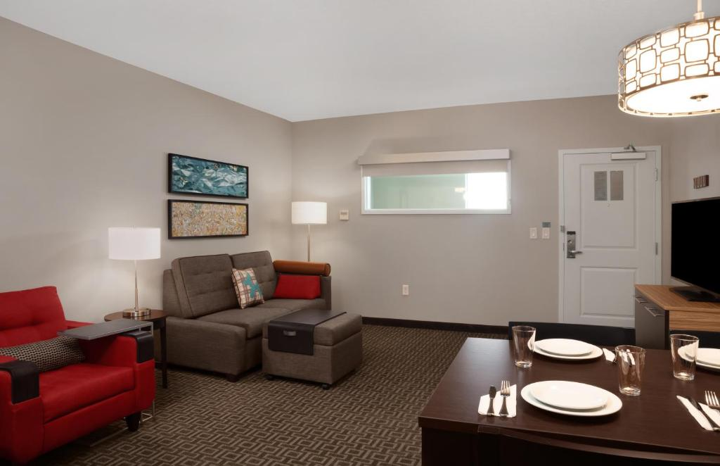 TownePlace Suites by Marriott Orlando Theme Parks/Lake Buena Vista 6