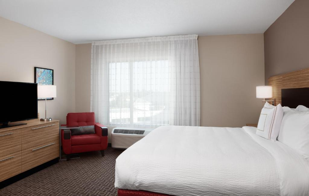 TownePlace Suites by Marriott Orlando Theme Parks/Lake Buena Vista 9