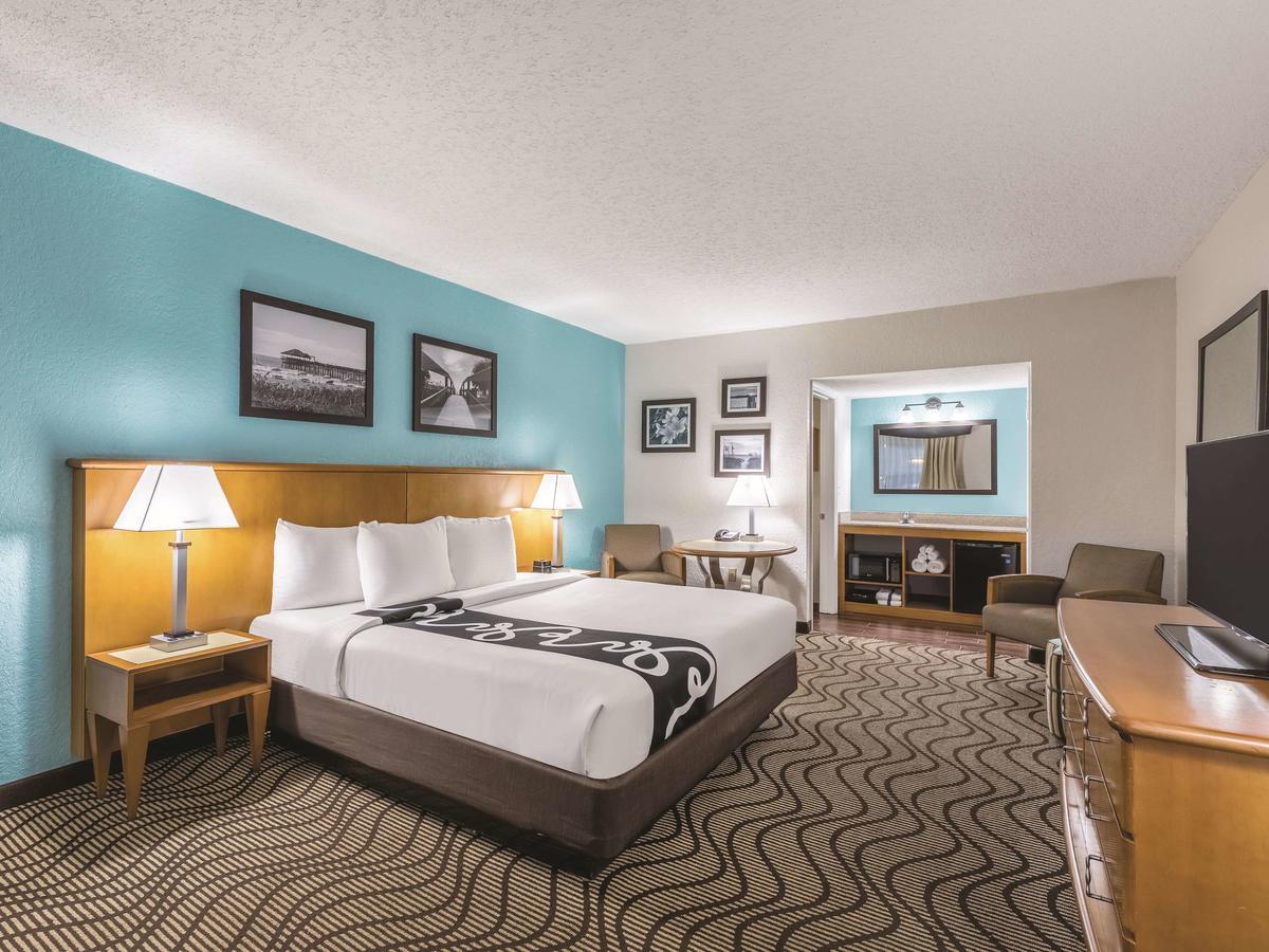 La Quinta Inn by Wyndham Cocoa Beach-Port Canaveral 3