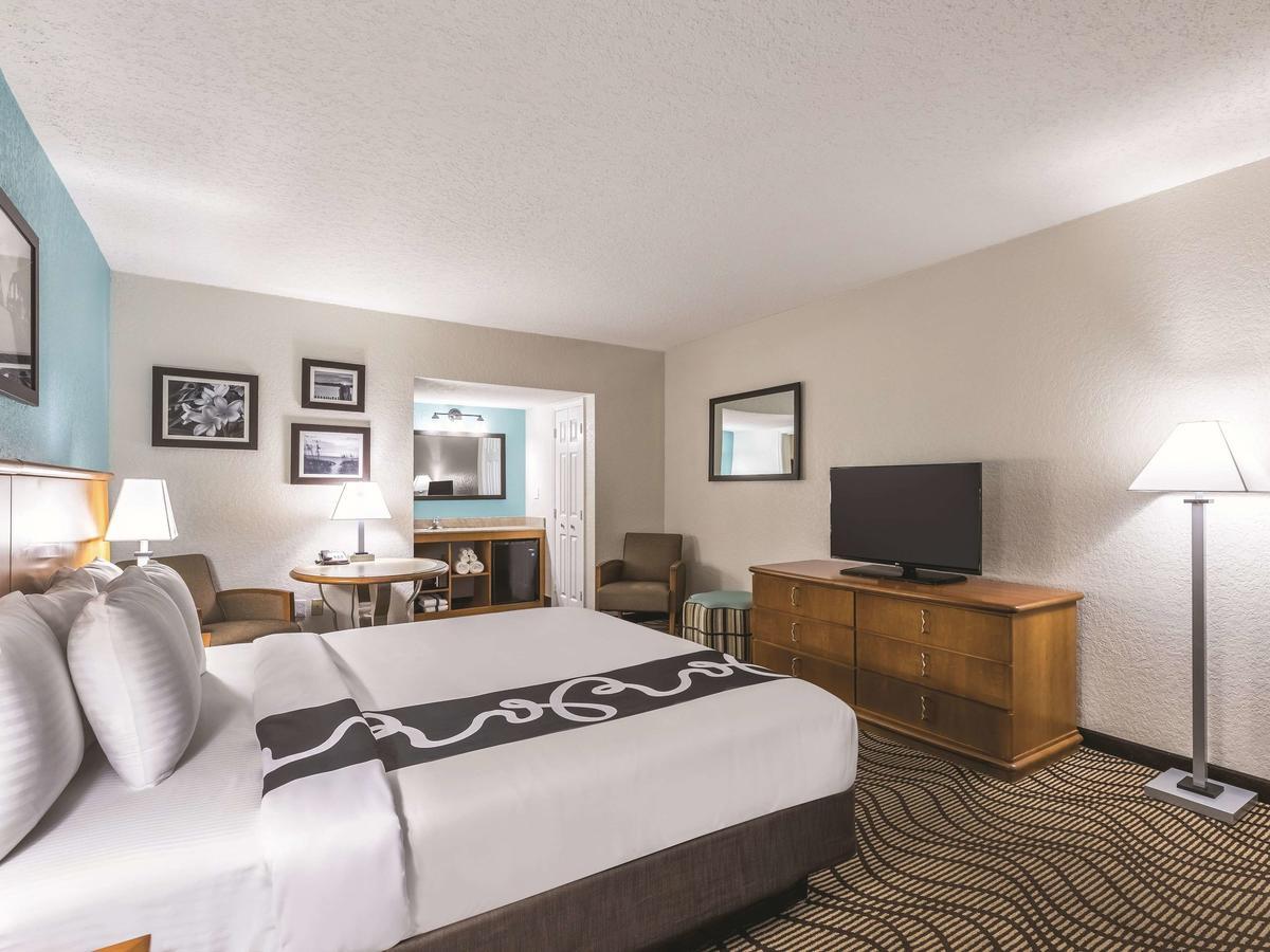 La Quinta Inn by Wyndham Cocoa Beach-Port Canaveral 4
