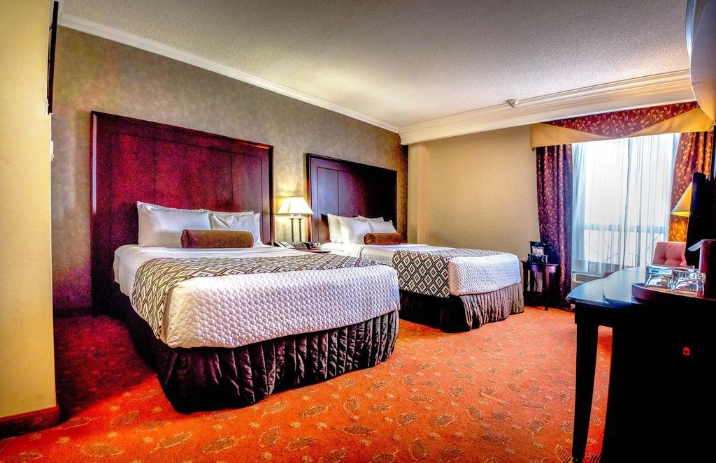 Hamilton Plaza Hotel & Conference Center, Hamilton 3