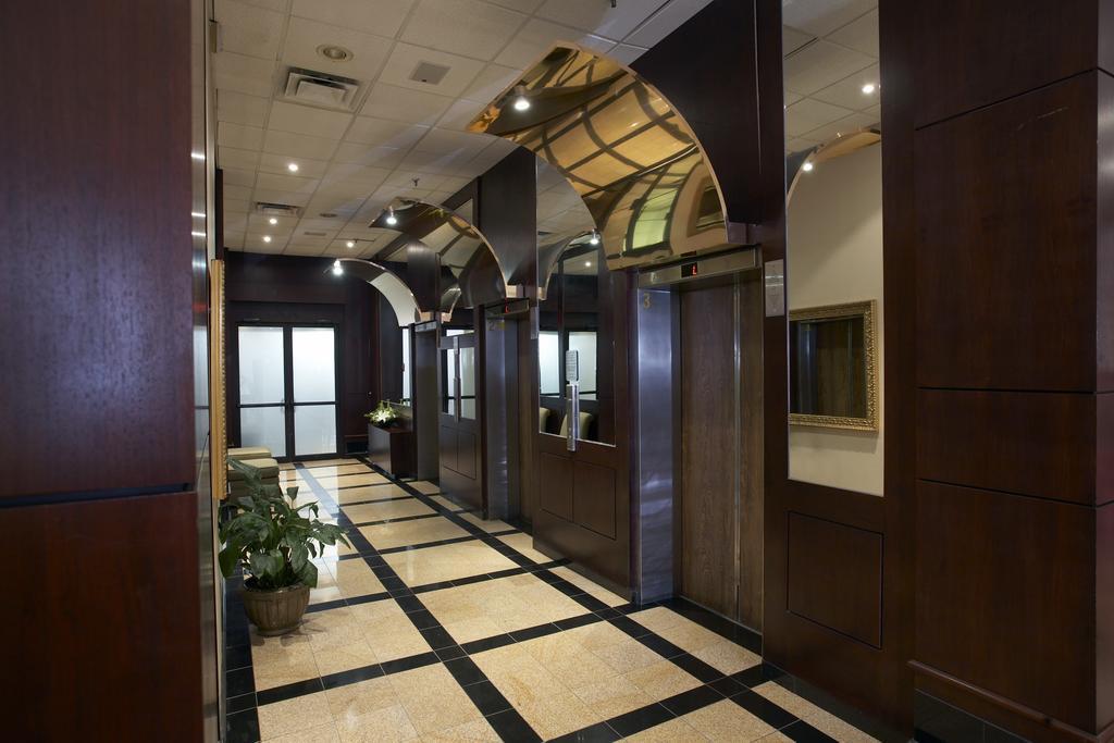 Hamilton Plaza Hotel & Conference Center, Hamilton 7