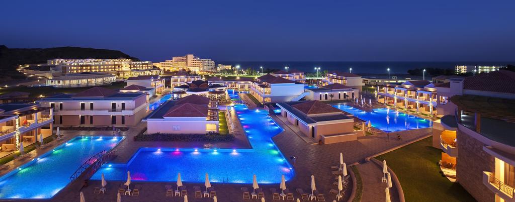 La Marquise Luxury Resort Complex 2