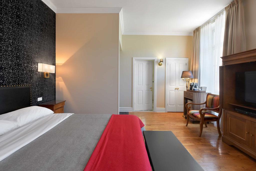 Hotel Bonaparte 8