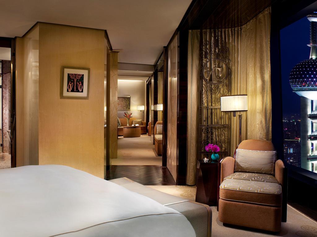 The Ritz-Carlton Shanghai, Pudong, Shanghai 6