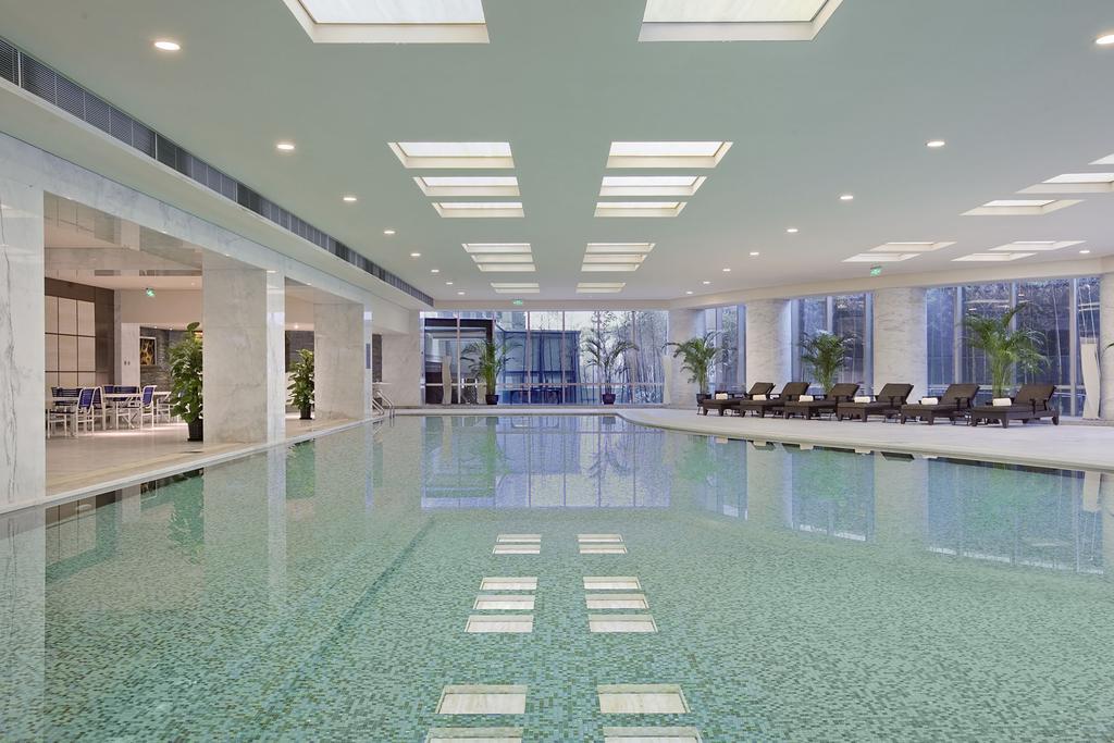 Hilton Shanghai Hongqiao 2