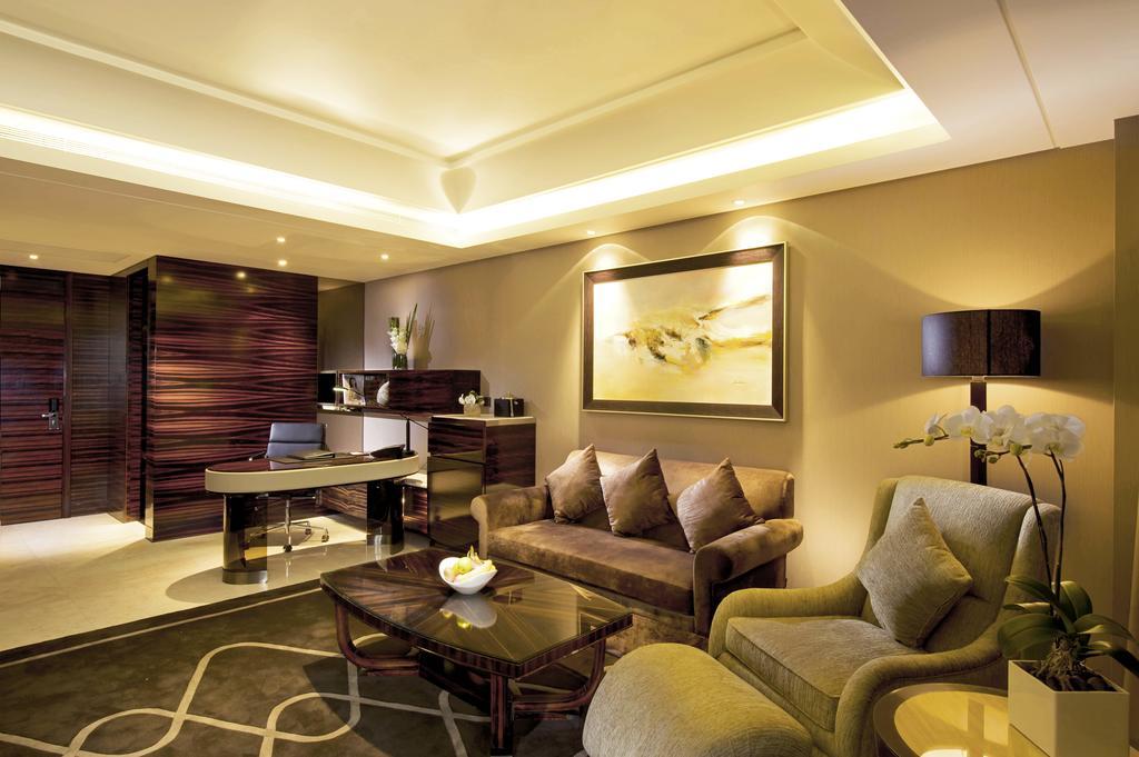 Hilton Shanghai Hongqiao 5