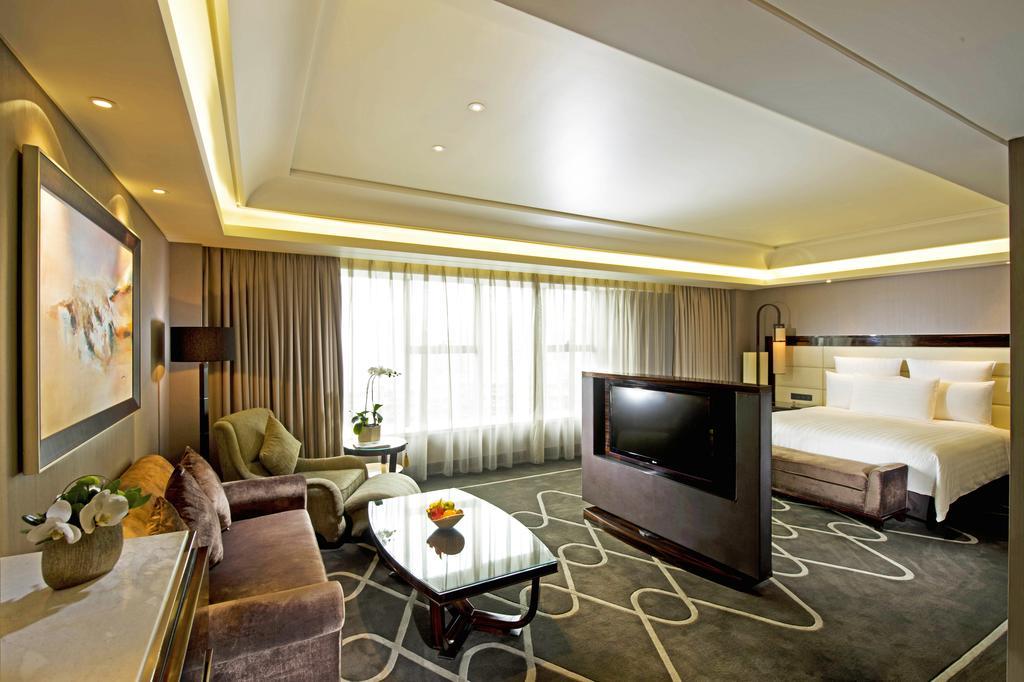 Hilton Shanghai Hongqiao 6