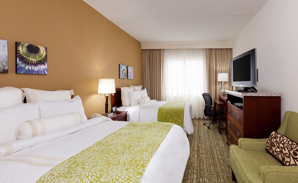 Chicago Marriott Midway 5
